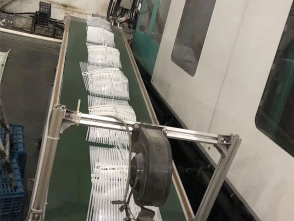 Cable Tie Under Production Saichuang